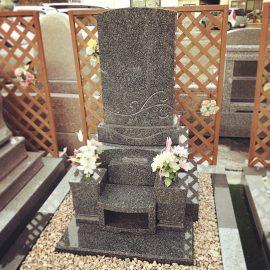 同じ墓地の中でのお墓のお引越し。