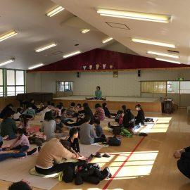 二本松市小浜の西念寺様で寺ヨガが開催されました。
