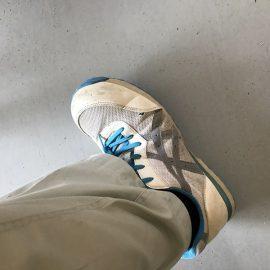 アシックスの安全靴についに穴が・・・・・。